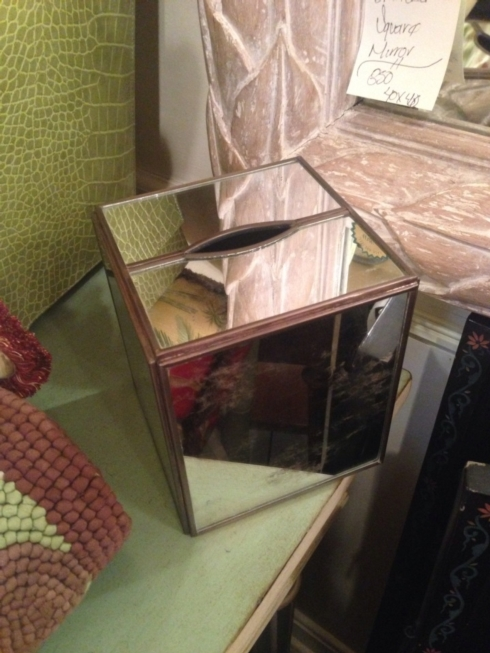 Plain Mirrored Boutique Tissue Box