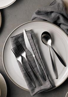 Flatware collection with 1 products