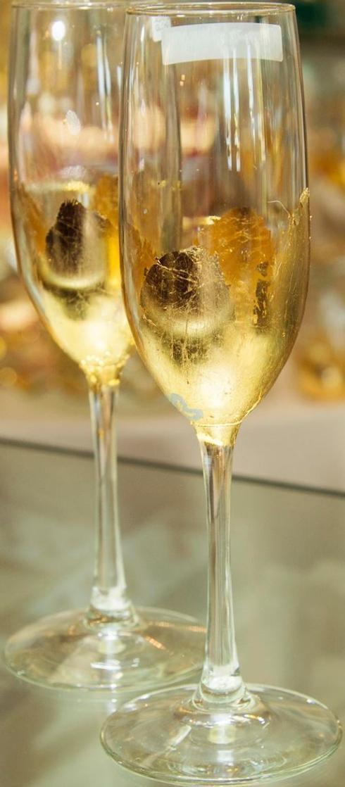 ELM Designs   Champagne Flute - Gold $30.00