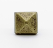 Buck Snort Lodge Clavos Square 5/8-in Clavo 4-Pack Brass Ox