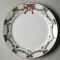65 Star fluted Christmas salad plate