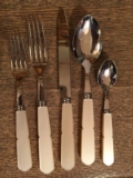 William-Wayne & Co. Exclusives Gustave 5-piece Flatware